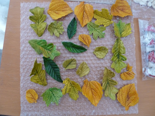 All of the leaves from Andie's Specialty Sweets. They were so delicate and realistic.