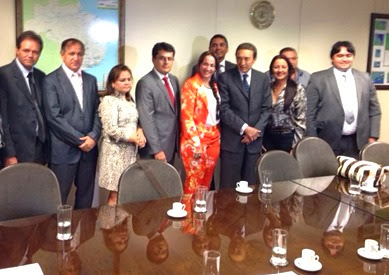 Prefeitos do COMEFC se reúnem com o ministro Edison Lobão