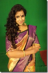sadhika_venugopal_in_saree_cute_pic