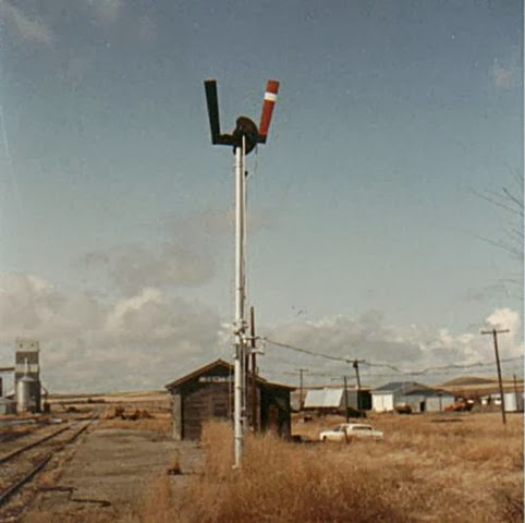 Denton, MT Depot and semaphore