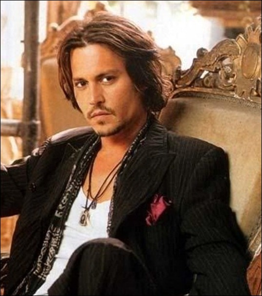 johnny-depp-and-che-guevara-necklace-pendant-gallery_thumb[2]