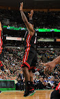 lebron james nba 130127 mia at bos 18 Boston Outlasts Miami in 2nd OT. LeBron Debuts Suede X PE!