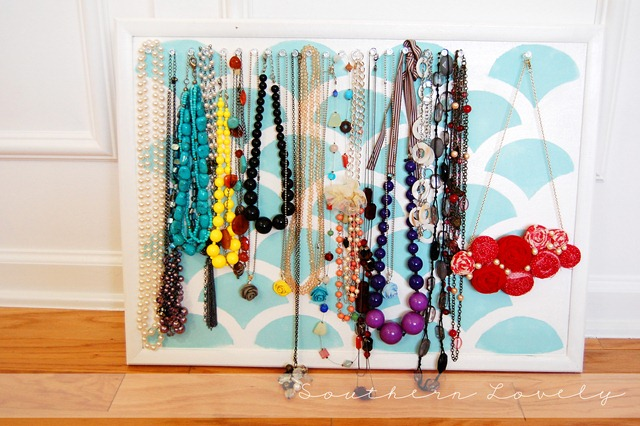 corkboard jewelry holder-1