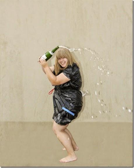 kardashian-champagne-catch-009
