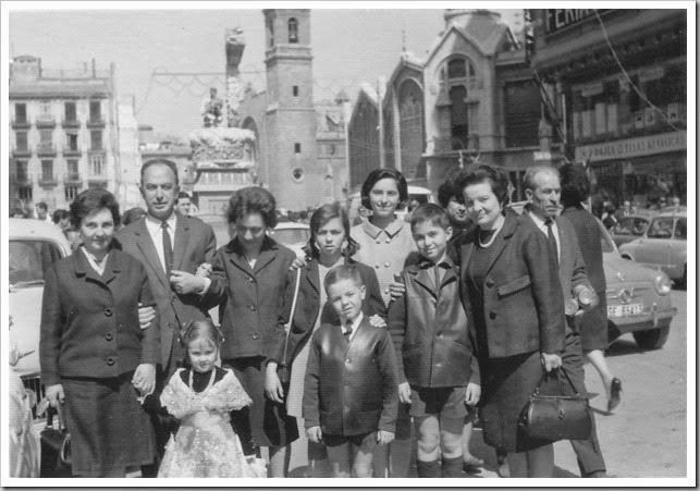Plaza de Brujas al fondo1966_colgada