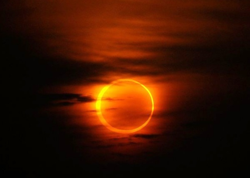 [eclipse%2520anular_9%255B6%255D.jpg]