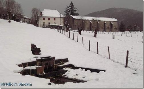 Fuente de la Virgen un día de nieve - Roncesvalles