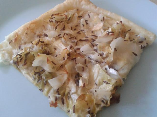 Spitzkohl-Flammkuchen