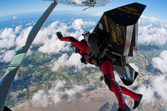 Jetman Yves Rossy (11)