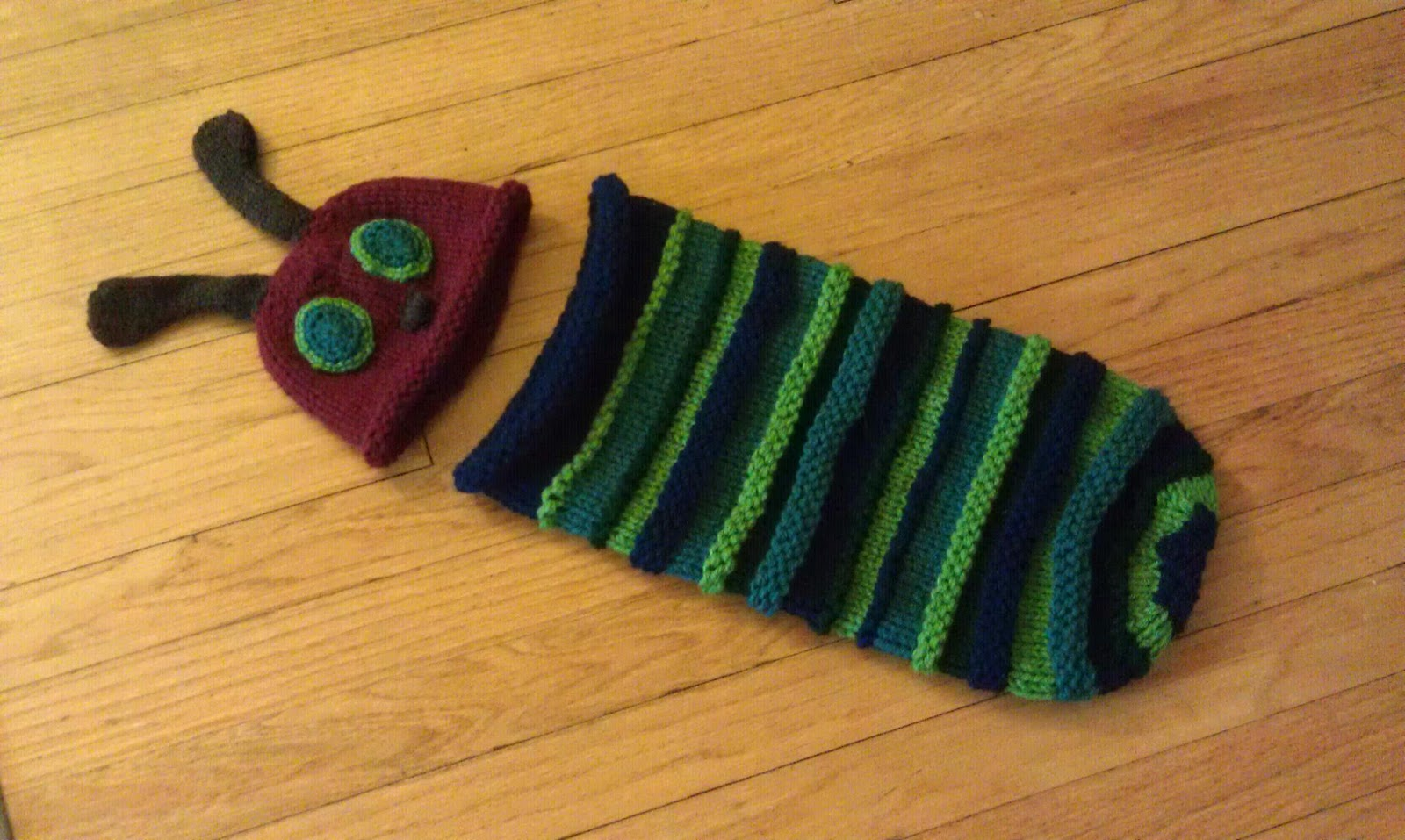 ChemKnits: Hungry Caterpillar Hat (Part 2)