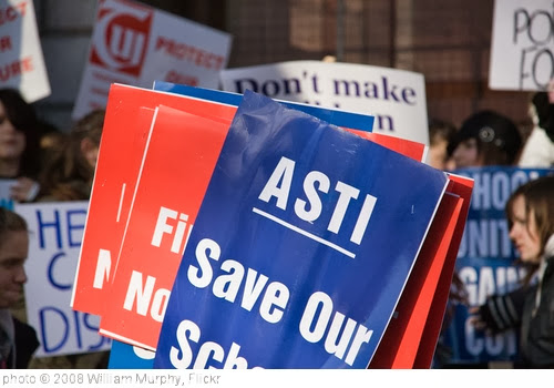 'ASTI SAVE OUR SCHOOLS' photo (c) 2008, William Murphy - license: http://creativecommons.org/licenses/by-sa/2.0/