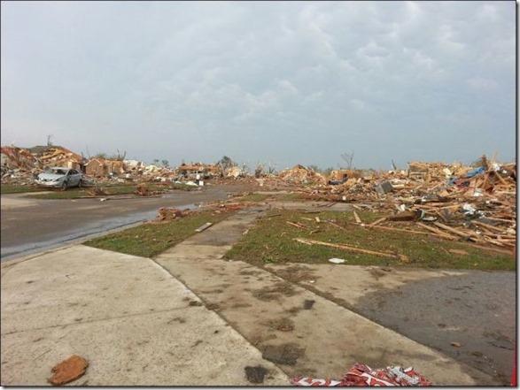 oklahoma-tornado-destruction-4