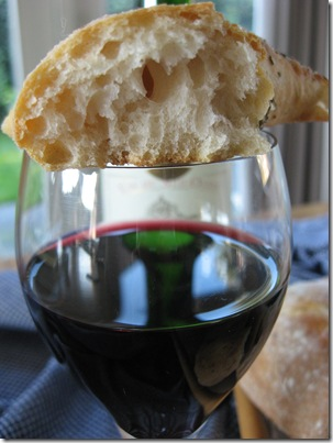 Interior fougasse and wine!
