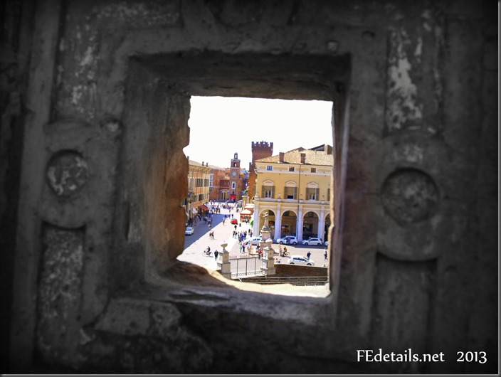 Visuali dal Giardino degli Aranci del Castello Estense, Ferrara - Visuals from the Orange Garden of the Estense Castle,Ferrara, Italy, Photo1