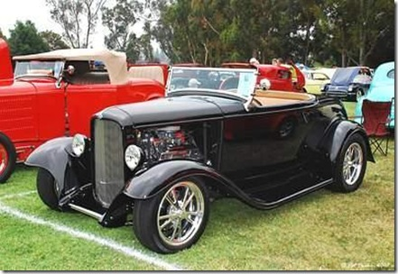 1932_Ford_roadster_black_fvl