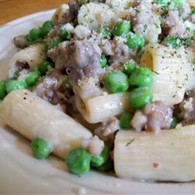 Pasta with Peas and Sausage