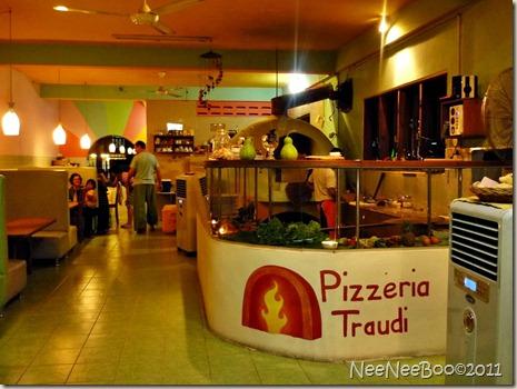 Sep 22 Pizzeria Traudi_00005