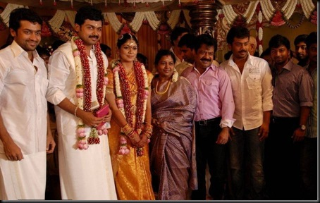 celebs_at_actor_karthi_and_ranjini_wedding_0307110620_032