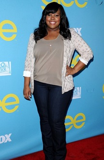 amber-riley-thanks-photographers-not-taking-picture-her-collapse