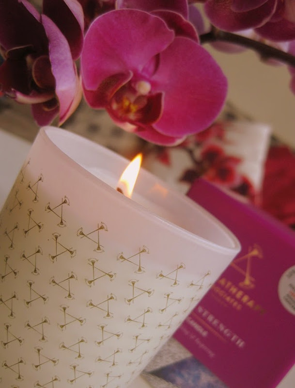 Aromatherapy-Associates-Inner-Strength-Candle-review-pics