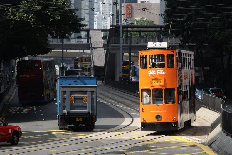 hong-kong-trams-4