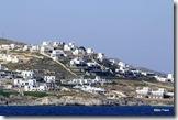 Um pouco mais da geografia e arquitetura desta charmosa ilha grega...