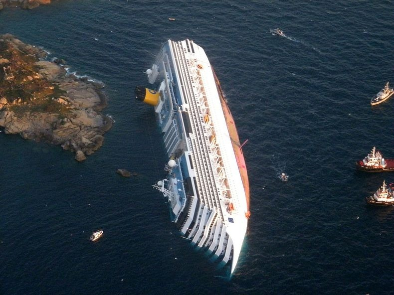 Costa-Concordia-2