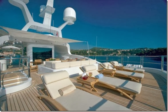 luxury-yachts-toys-19