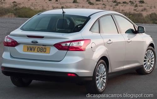 2013-Ford-Focus-Titanium%25255B12%25255D.jpg