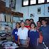 Foto tirada na sala do Bassalo em abril de 2005. Da esquerda para a direita: Adriano Rocha, Bassalo, Marleson Mendes, Marcelo Leopoldo Sepeda, Igor Araújo, Antonio Eduardo Barros e Penn Lee Menezes.