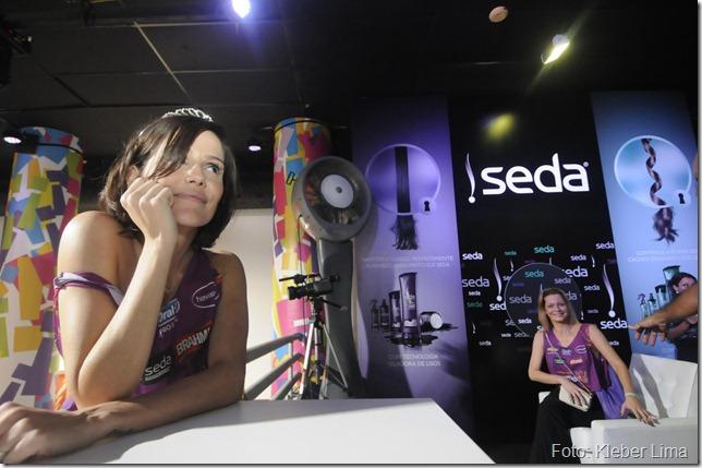 Carnaval de Salvador 2012 - A atriz Debora Seco no espaço seda, na noite de 18_02. Foto: Kleber Lima/Coperphoto
