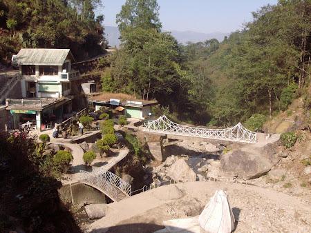 Obiective turistice India: Rock Garden - gradina japoneza din Darjeeling