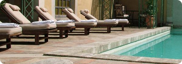 chambres-d-hotes-avignon-piscine-main