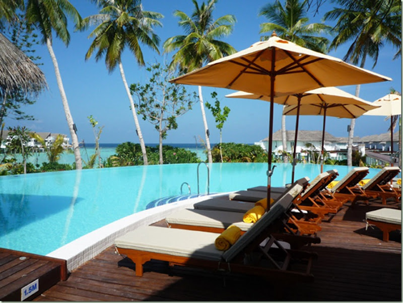 centara-grand-hotel-maldives-3