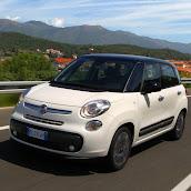 2013-Fiat-500L-MPV-Official-3.jpg