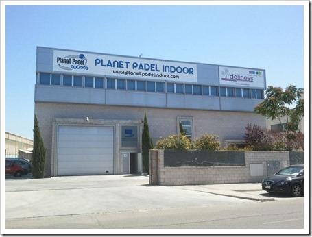 Planet Pádel Indoor, nombre con que el que ha sido bautizada la instalación, dispone de seis pistas de pádel