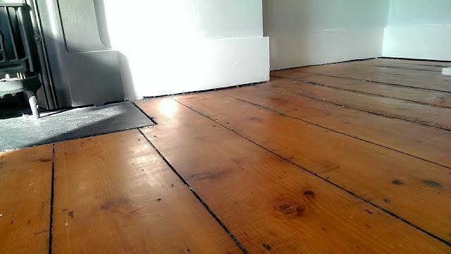 Nostalgiecat How To Paint Waxed Floorboards