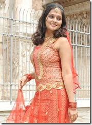 Ramya_Nambeesan_cute_photo
