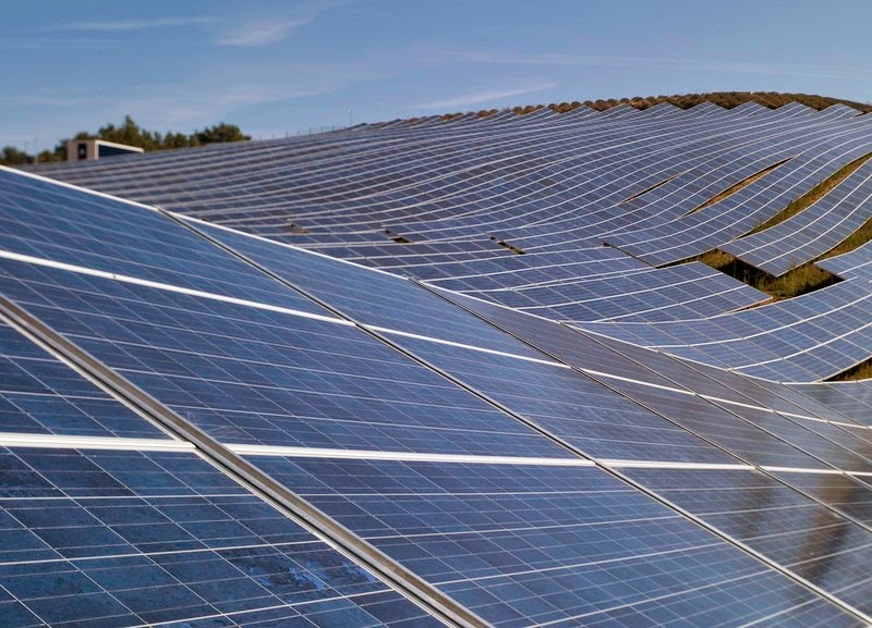 les-mees-solar-farm-3