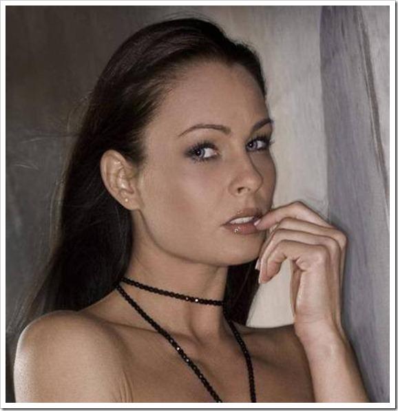 Nikki Anderson, da pornostar a dj a Brescia, dove l'ex pornostar vive da 7 anni