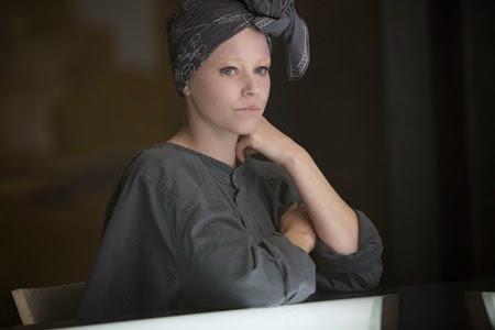 Elizabeth Banks in Mockingjay Part 1