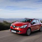 2013-Renault-Clio-Sport-Tourer-5.jpg