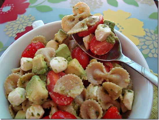 creamy avocado pasta salad bite