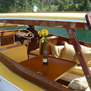 discovery boat show daycruiser interior shot.JPG