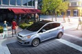 2013-Ford-C-MAX-Hybrid-22