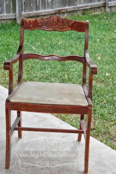 Armchair before duncan phyfe style