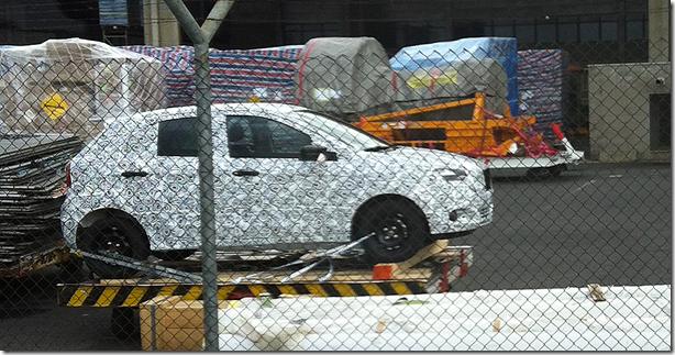 nova-geracao-do-compacto-ford-ka-e-flagrado-ainda-camuflado-sendo-desembarcado-no-aeroporto-viracopos-em-campinas-sp-1377023920403_956x500