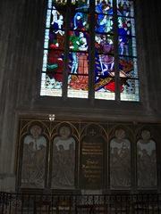 2011.10.16-005 vitraux dans la cathédrale Sainte-Croix