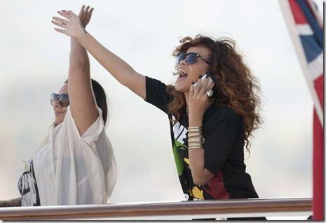 Rihanna Rihanna Yacht Saint Tropez g7ALw5SrHCml