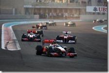 Hamilton guida il gruppo nel gran premio di Abu Dhabi 2011